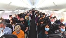 Απειλούν οι αεροπορικές εταιρείες: Δεν έχετε κάνει το εμβόλιο για τον κορωνοϊό; Δεν ταξιδεύετε!