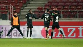 Bundesliga: Ματσάρα και ισόπαλο το θρίλερ Στουτγκάρδη-Γκλάντμπαχ!