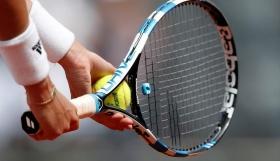 Στο πλευρό της Μπεκατώρου και το ελληνικό τένις