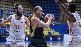 Basket League : Εξ αναβολής ντέρμπι ανάμεσα σε ΑΕΚ και Προμηθέα