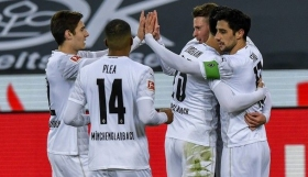 Bundesliga : Έχασε το «τρένο» του τίτλου η Ντόρτμουντ