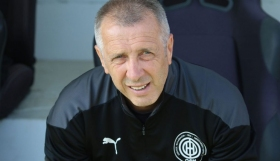 Νιόπλιας : «ΟΦΗ και ΑΕΛ οι δύο καλύτερες επαρχιακές ομάδες»